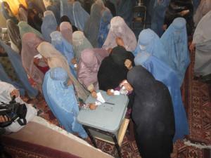 Women voting in Helmand province. Courtesy of Helmand PRT, Lashkar Gah  http://www.flickr.com/phot os/helmandprt/